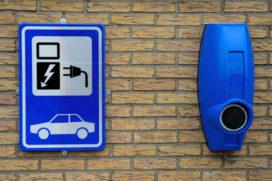 'Nederland heeft 53.000 extra laadpunten voor auto's nodig'
