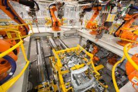Uitbouw productievolume en directiewijzigingen bij VDL Nedcar