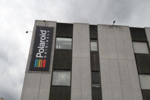Polaroid heropent fabriek in Enschede