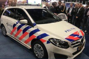VDL Bus Venlo gaat nieuwe politieauto's ombouwen